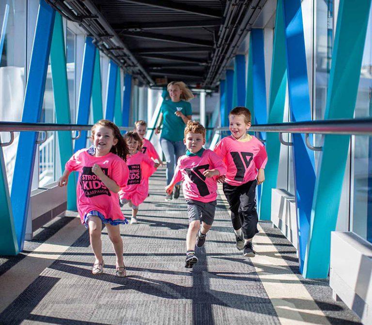 happy children runing hero image